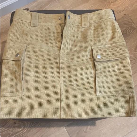 Club Monaco Dresses & Skirts - Club Monaco suede skirt size 0. Gently worn